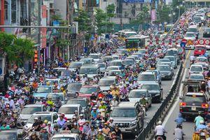 Hà Nội sẽ thu phí phương tiện vào nội đô để giảm ùn tắc