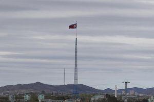 Triều Tiên phóng tên lửa để 'nhắc khéo' Mỹ - Hàn?