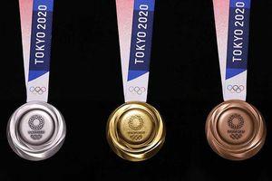 Nhật Bản công bố mẫu huy chương Olympic 2020 được làm từ rác thải điện tử