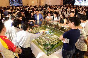 Hơn 1.000 khách hàng tham quan, tìm hiểu dự án Young Town Tây Bắc Sài Gòn