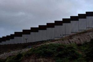 Tòa án Mỹ cho phép chính phủ xây bức tường biên giới