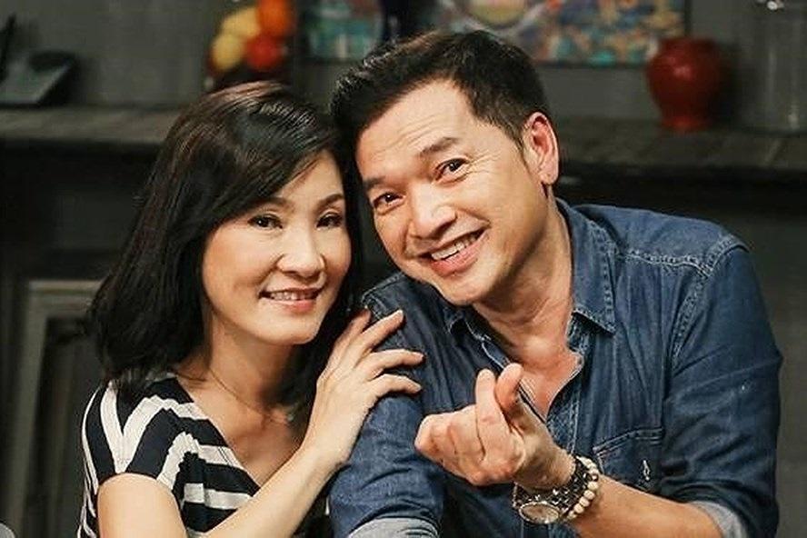 Từ vụ Hồng Đào-Quang Minh ly hôn: Tình nghệ sỹ, có bao giờ bền!?