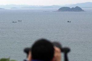 Ba thủy thủ Triều Tiên vượt biên giới liên Triều tới Hàn Quốc
