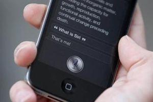 Apple bị cáo buộc dùng Siri nghe lén người dùng