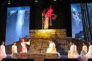 Gian nan hành trình tự chủ của sân khấu truyền thống
