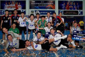 Đội nữ Thái Sơn Nam Quận 8 vô địch giải futsal TPHCM mở rộng - Cúp LS 2019
