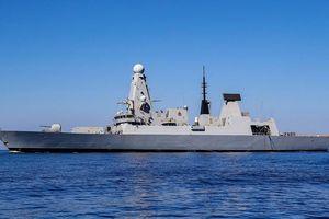 Tàu chiến Anh thứ hai đến Vùng Vịnh