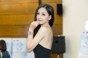 Hoa hậu Mai Phương Thúy tung 'tút' ẩn ý, VCB lên đỉnh vượt kỳ vọng