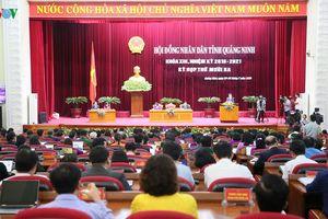 Kỳ họp HĐND 'không giấy' đầu tiên tại Quảng Ninh
