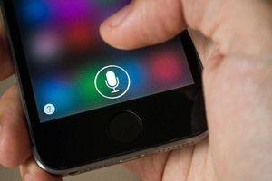 Trợ lý ảo Siri của Apple nghe lén người dùng khi họ đang... 'mây mưa'