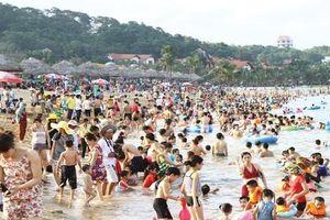 Bãi tắm thiên đường Tuần Châu-Hạ Long: Mở cửa tự do phục vụ du khách
