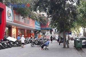 Tràn lan các sản phẩm không rõ nguồn gốc tại các nhà sách lớn tại Hà Nội