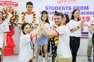 Vì sao chương trình đào tạo liên kết quốc tế được lòng sinh viên?
