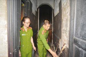 Bắt kẻ đổ xăng phóng hỏa đốt nhà khiến 5 người nhập viện