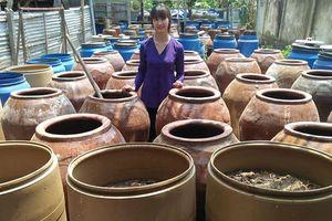 Thơm ngon đậm đà sản phẩm 'Nước mắm nhỉ truyền thống Bích Tuyền'