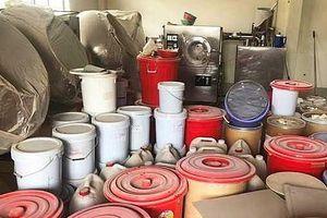 TP. Hồ Chí Minh: Triệt phá đường dây sản xuất thực phẩm chức năng, tân dược giả quy mô lớn