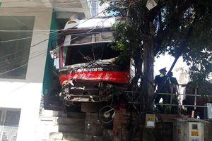 Khởi tố vụ xe khách gây tai nạn thảm khốc khiến 5 người thương vong