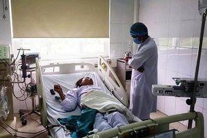Nghệ An: 6 bệnh nhân bị phản ứng khi chạy thận, hơn 100 người phải chuyển viện