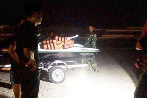 Tìm thấy thi thể một trong 2 học sinh bị sóng cuốn trôi ở Đà Nẵng