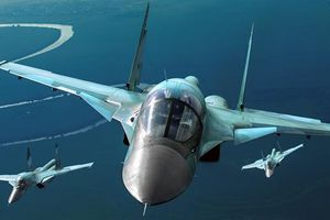 Trăm máy bay Nga chặn tên lửa hành trình tại Crimea