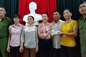 Vinh danh 3 phụ nữ nghèo ở Hà Tĩnh trả lại gần 50 triệu đồng đánh rơi