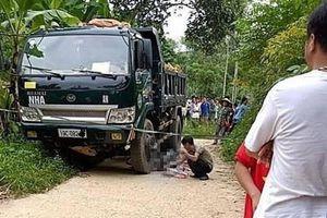 Trên đường từ trường về, nữ sinh chuẩn bị vào lớp 7 gặp tai nạn tử vong