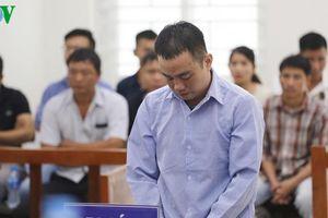 Đâm chết vợ, lĩnh án 15 năm tù
