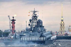 Hải quân Nga phô diễn sức mạnh đáng gờm