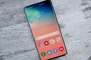 Samsung Galaxy S10 Plus giảm giá kỷ lục tới 6 triệu đồng