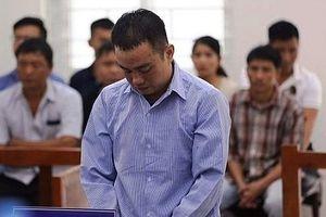 Phiên tòa bất ngờ vì phía bị hại hết lời xin cho bị cáo