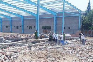 Công bố nguyên nhân sự cố sập tường khiến 7 người tử vong ở Vĩnh Long