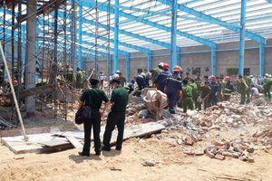 Nguyên nhân vụ sập tường công trình khiến 7 người thiệt mạng ở Vĩnh Long