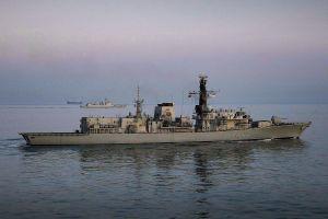 Anh điều chiến hạm 'bám đuôi', theo dõi tàu khu trục Trung Quốc