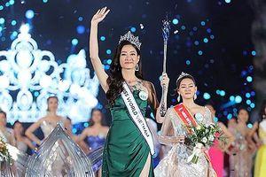 Cô gái 19 tuổi đến từ Cao Bằng đăng quang Hoa hậu Thế giới Việt Nam 2019