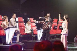 Phạm Quỳnh Anh bức xúc cực độ khi bị 'chơi xỏ' hội đồng trong The Voice Kids