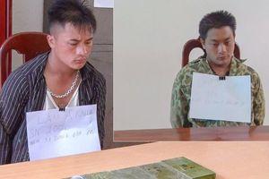 Bắt giữ hai anh em vận chuyển trái phép 6 bánh heroin tại Điện Biên