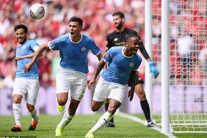 Đả bại Liverpool trên chấm luân lưu 11m, Man City giành Siêu cúp Anh