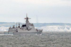 Hải quân Anh bám sát tàu chiến Trung Quốc qua eo biển Manche