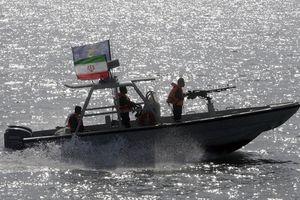 Iran tuyên bố bắt tàu chở dầu buôn lậu của nước ngoài ở vùng Vịnh