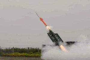 Ấn Độ thử nghiệm tên lửa đất đối không phản ứng nhanh