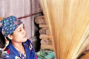 Làng tăm hương truyền thống Quảng Phú Cầu