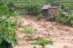 2 người chết, 13 người mất tích do mưa bão số 3