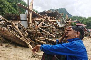 Cảnh tượng đổ nát kinh hoàng ở Sa Ná sau mưa lũ