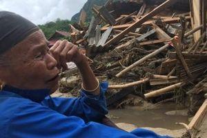 Thanh Hóa: 3 bản làng bị cô lập, 12 người mất tích do mưa lũ