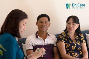 3 lợi ích thiết thực khi chọn nha khoa chuyên trồng răng cho người trung niên