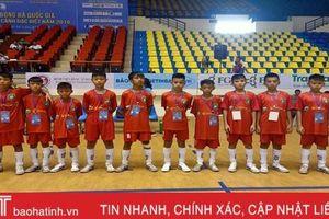 Đội bóng trẻ em hoàn cảnh đặc biệt Hà Tĩnh thắng Gia Lai 8-0 trận mở màn