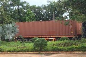 Tây Ninh: Xe container hàng quá cảnh bị 'rút ruột' trị giá gần 36.000 USD