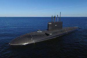 London lo ngại tàu ngầm mới của Nga sẽ 'tàng hình' đối với Hải quân Anh