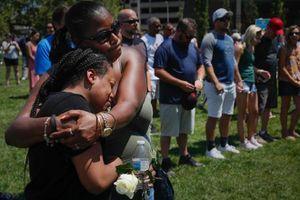 '30 giây dài như vô tận' - vụ xả súng Ohio qua lời kể những nhân chứng