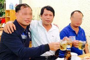 Khởi tố một chánh văn phòng UBND huyện liên quan lừa đảo